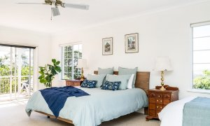 Pacific Ridge - Byron Bay - Master Bedroom Downstairs c