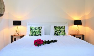 Pacifique on Pacifique - Byron Bay - Bedroom 2 middle floor styled