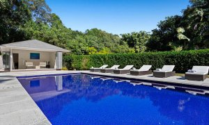 Paperbark - Byron Bay - Pool House and Chairs