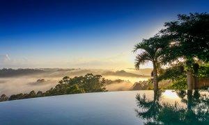 Picadilly House - Byron Bay - Pool Sunrise