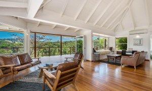 Rockinghorse House - Byron Hinterland - Sitting area and lounge