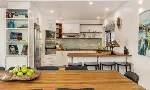Rockinghorse House - Byron Hinterland - Kitchen