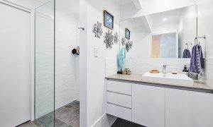 Sea Breeze - Lennox Head - Downstairs Bathroom