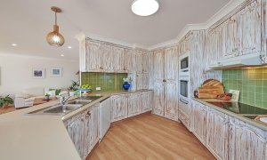 Sea Deck - Skennars Head - Kitchen