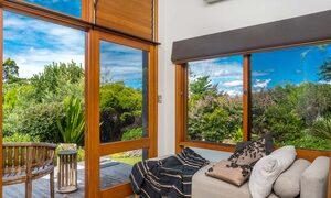 Stone and Grove - Byron Bay - Ewingsdale - Master bedroom retreat