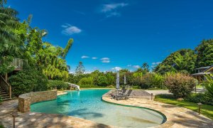 Stone and Grove - Byron Bay - Ewingsdale - Pool and waterslide