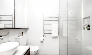 Summer Breeze - Byron Bay - Bathroom Shared