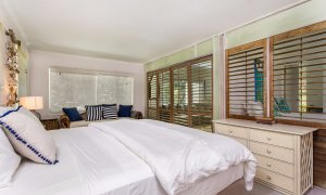 Susan's Beach House - beach house bedroom, comfort