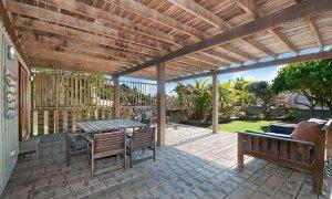 The Hawk - Wategos Byron Bay - Outdoor Living Area Downstairs