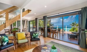 The Palms at Byron - Wategos Beach - Byron Bay - Styled living area