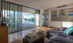 Vantage Over Byron - Living Room