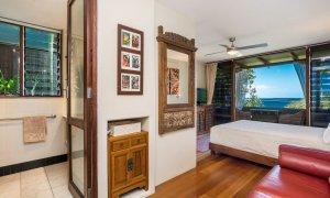 Wategos Retreats - Wategos Beach - Byron Bay - Studio bed and views