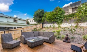 Wollumbin Haus - Byron Bay - Outdoor Lounge with BBQ Area