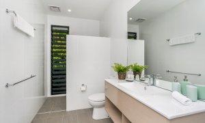 Wollumbin Haus - Byron Bay - Main bathroom