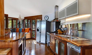 A Coorabell Retreat - Kitchen