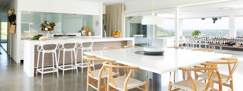 Amileka - Byron Bay Hinterland - Kitchen and Dining area b