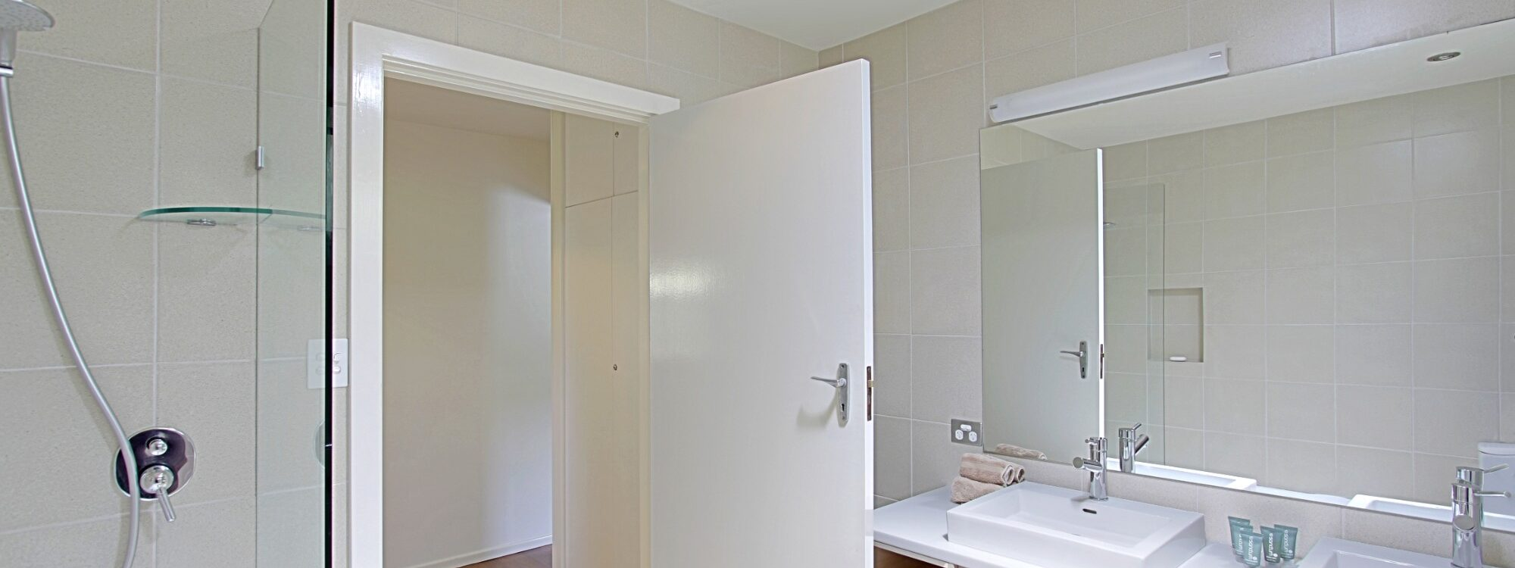 Mi Casa - Bathroom