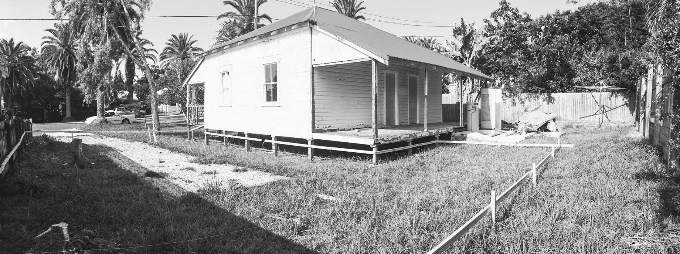 Bacchus - Byron Bay - Back of old cottage