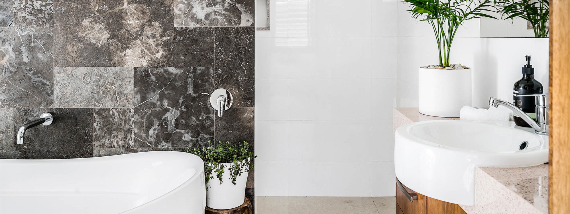 Bahari - Byron Bay - Bathroom Master Ensuite
