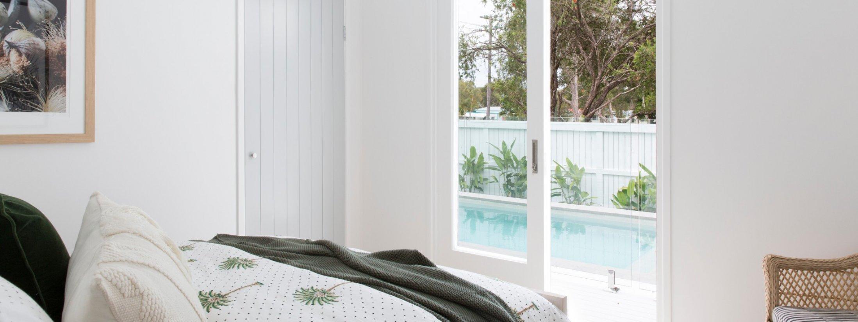 Barrel and Branch - Byron Bay - queen bedroom overlooking pool