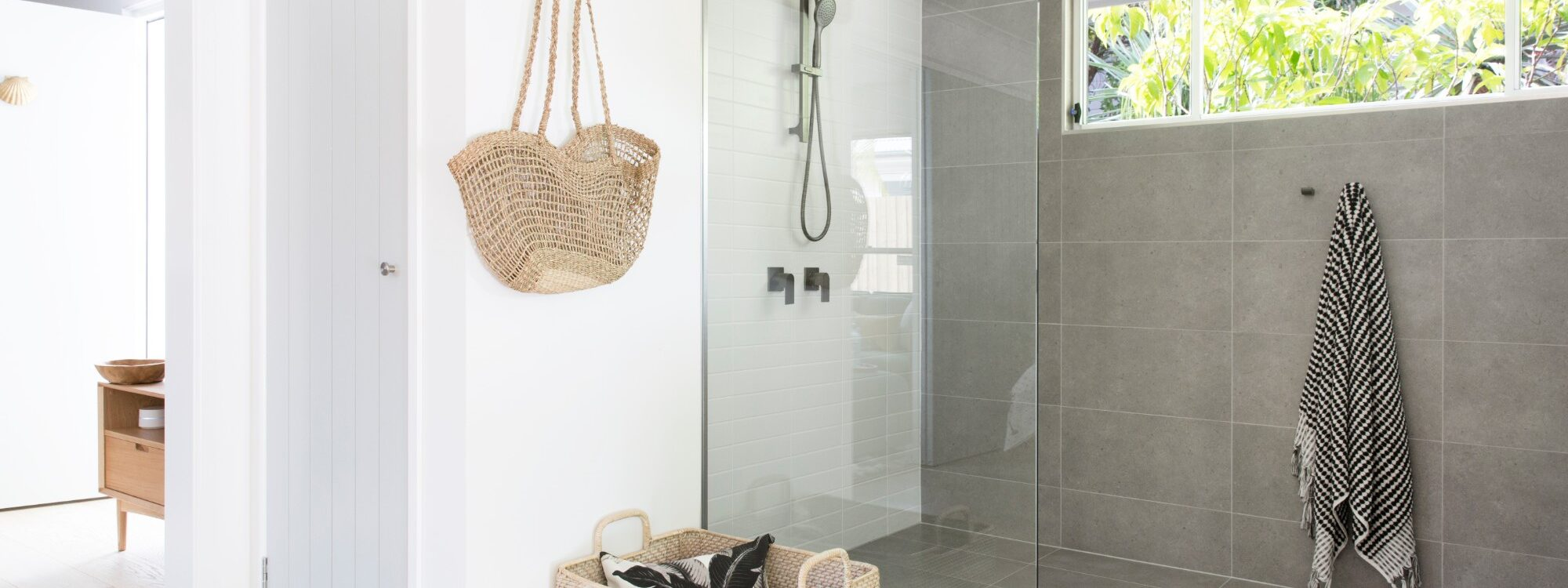 Barrel and Branch - Byron Bay - studio bathroom shower