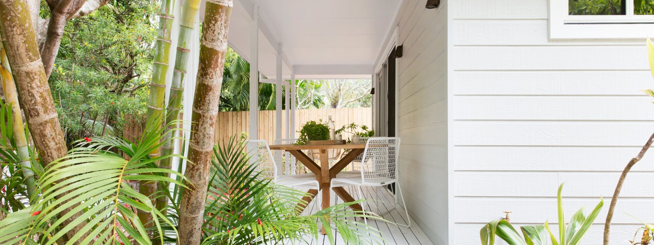 Barrel and Branch - Byron Bay - tropical garden setting