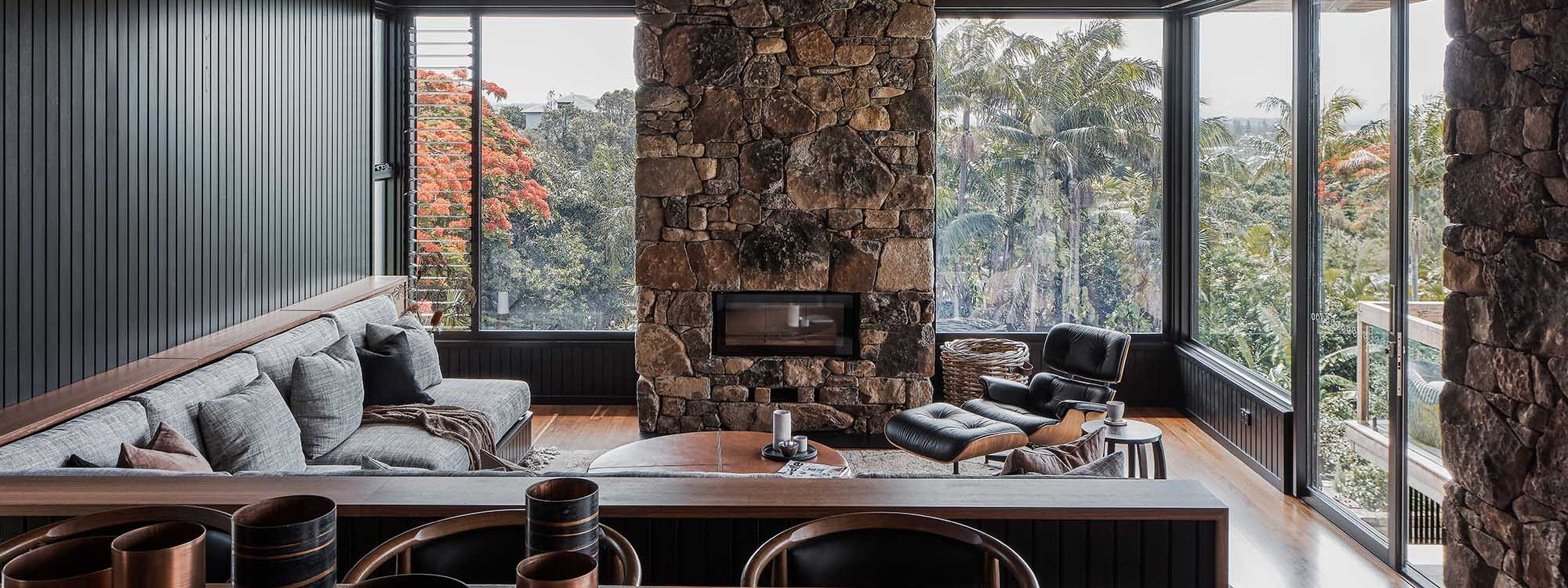 Bay Rock House - Byron Bay - Dining Area and Living Area Looking From Kitchen