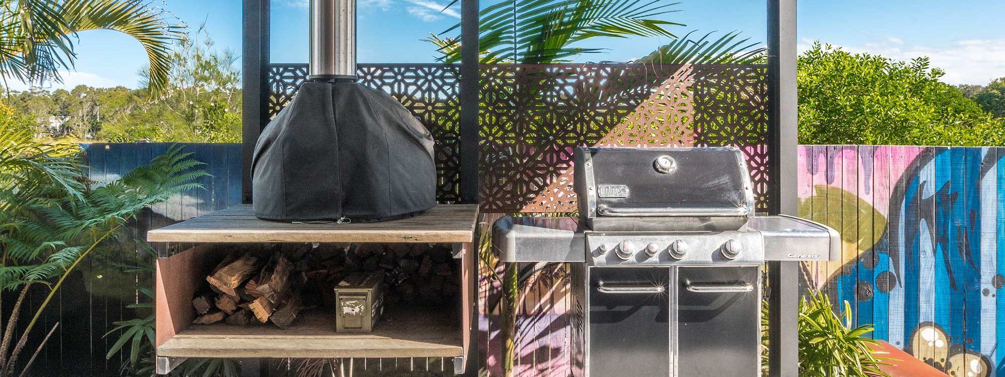 Beach Box - Byron Bay - Undercover BBQ Area