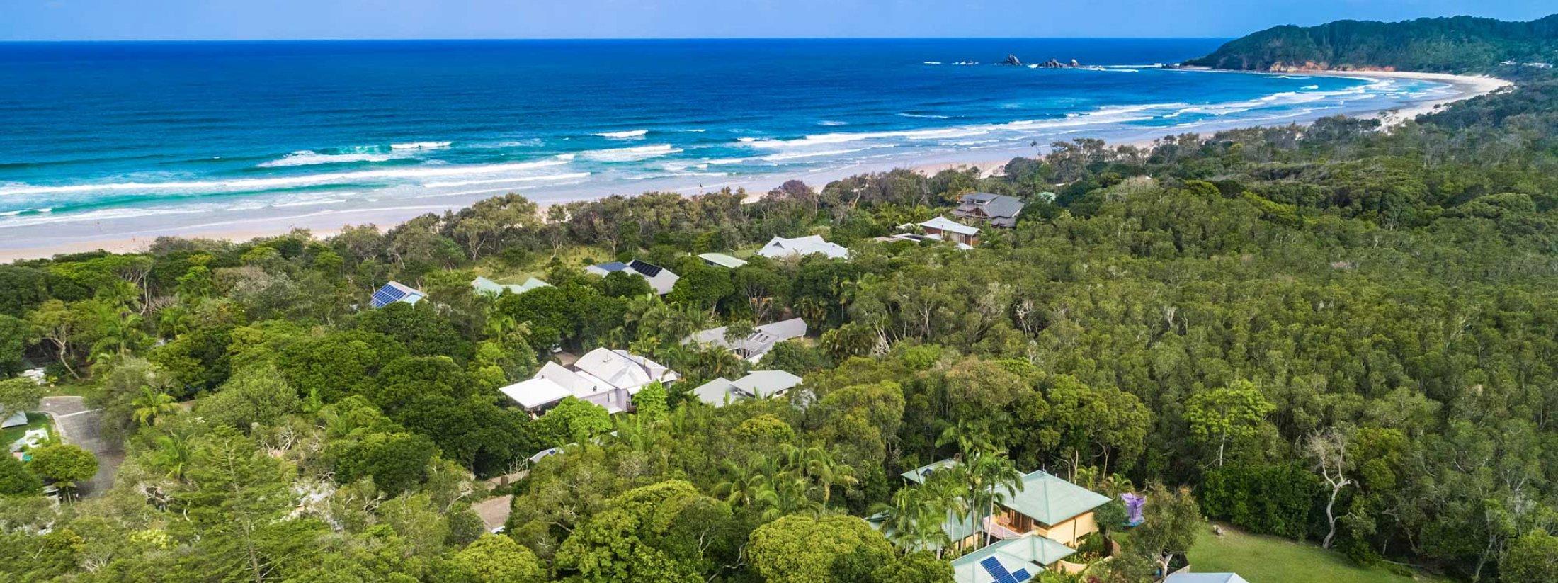 Beachwood - Byron Bay - Aerial Low Towards Broken Head b