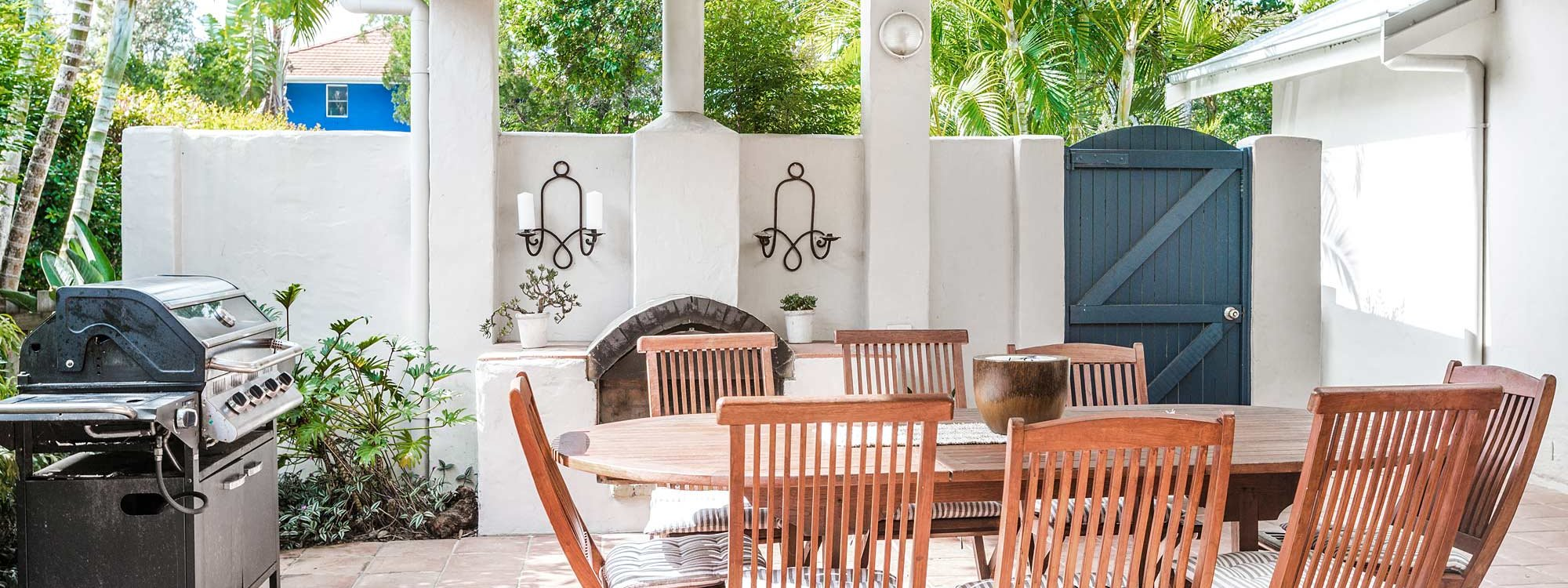 Beachwood - Byron Bay - Outdoor Dining and BBQ
