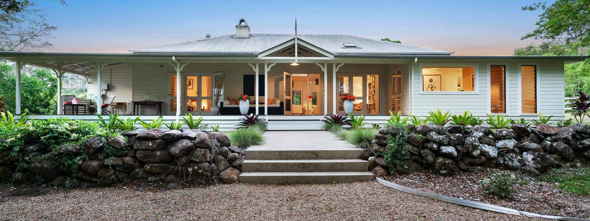 Bellbird - Byron Bay - Front Exterior at Dusk a