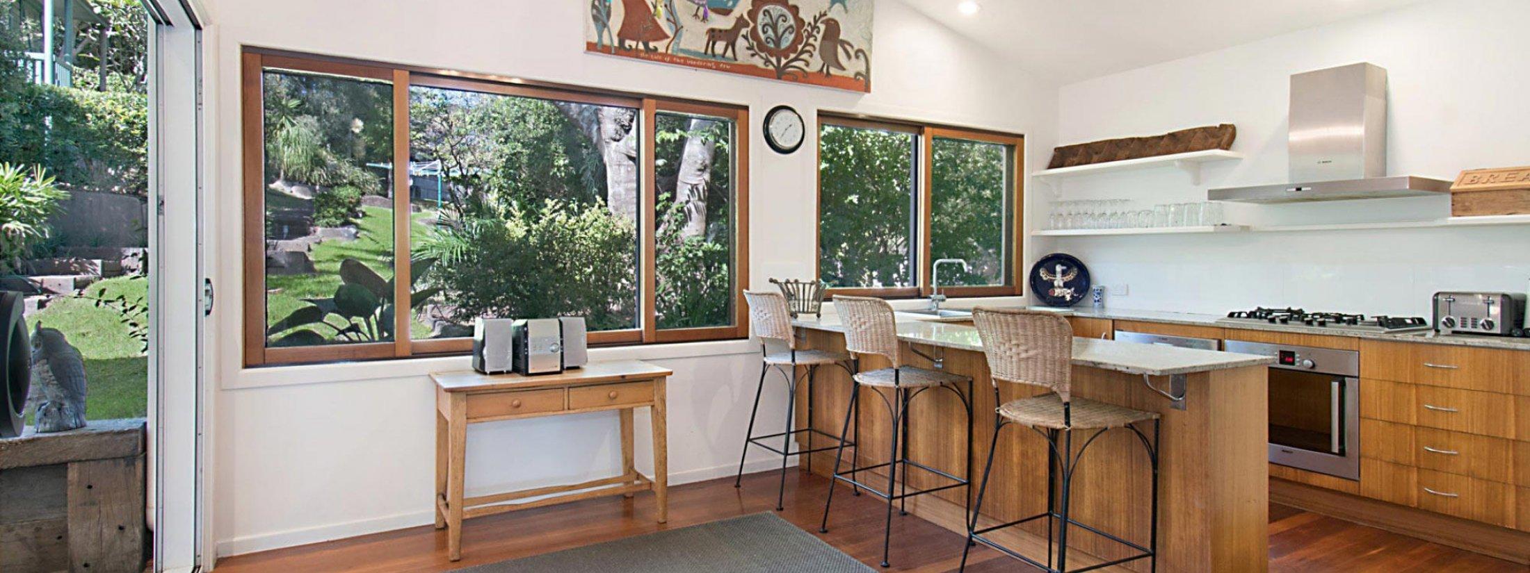 Byron View - Clarkes Beach - Kitchen