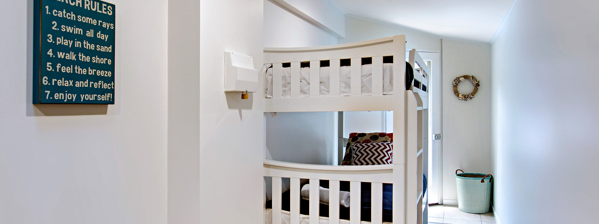 Jimmy's Beach House - Bunk Beds