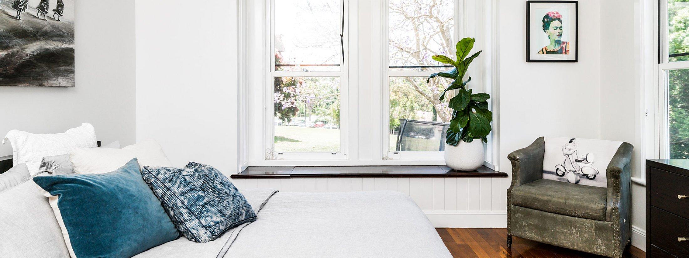 Charlottes Web - Byron Bay - Master Bedroom d