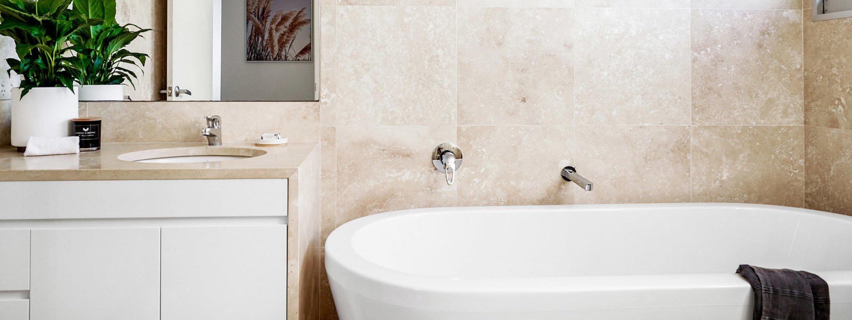 Clique 2 - Byron Bay - Bathroom Shared