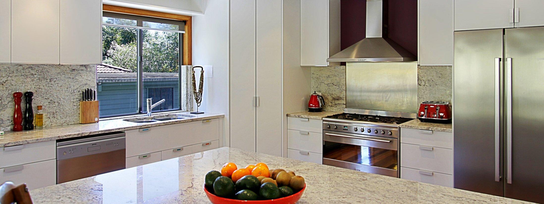 Blue Bliss - Bombora House - Kitchen