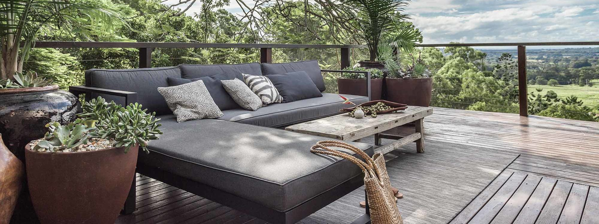 Eastern Rise - Byron Bay Hinterland - Outdoor lounge Area 3
