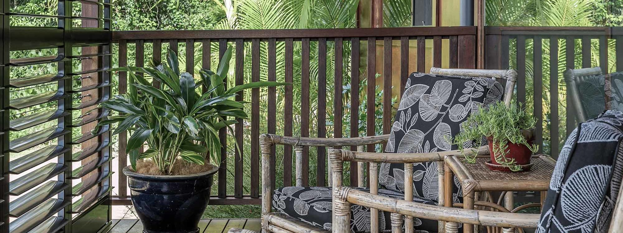 Eastern Rise Studio - Byron Bay Hinterland - Outdoor Seating Area