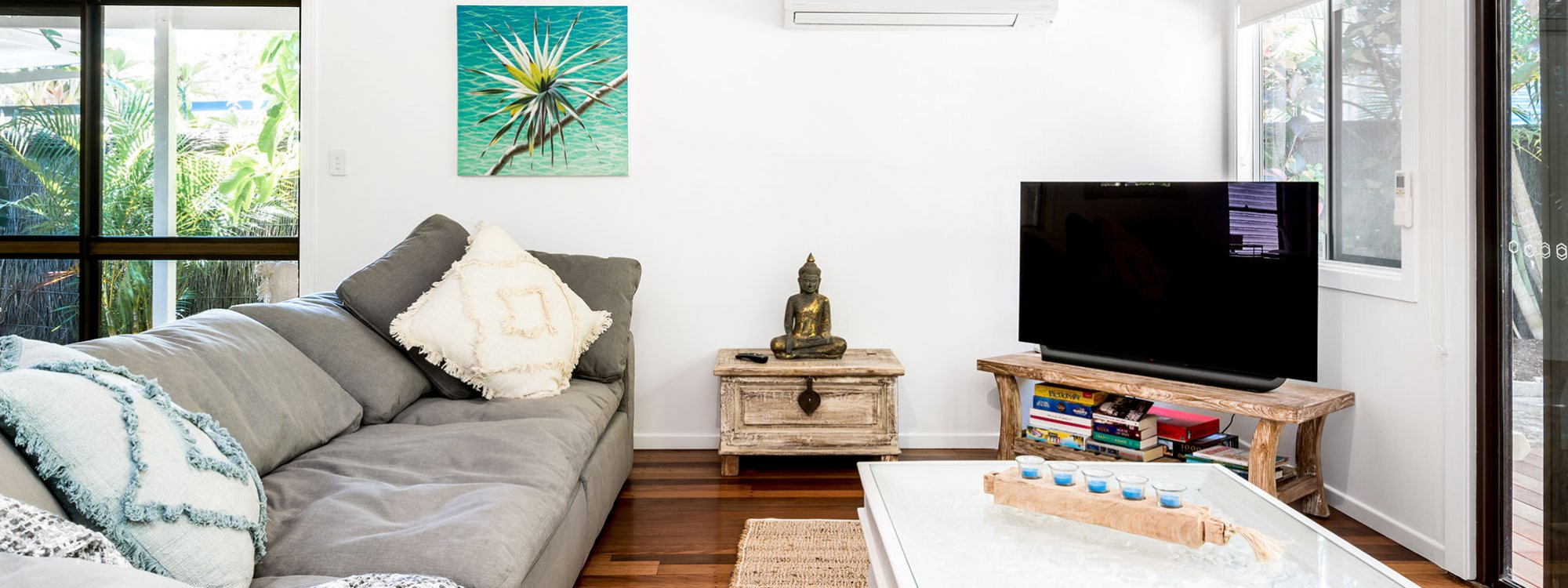 Gigis - Byron Bay - Living Area a