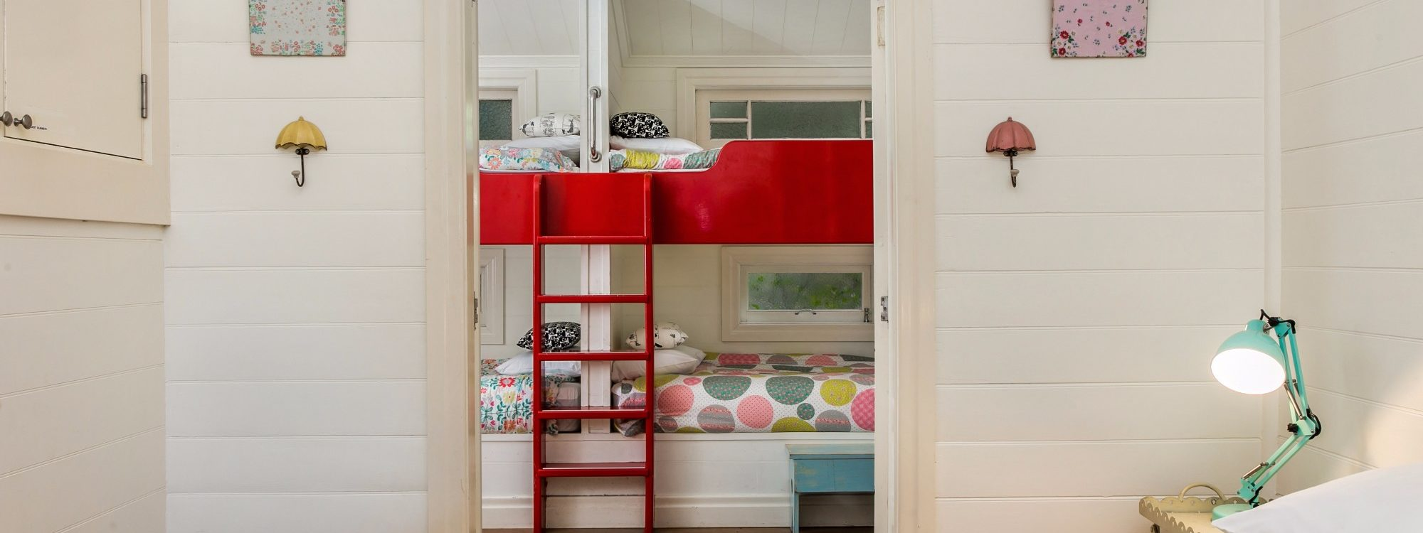 Basil's Brush - Bedroom & Bunk Beds
