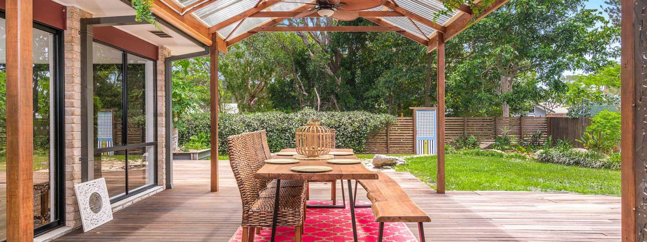 Julian Rocks House - Byron Bay - Outdoor Dining b