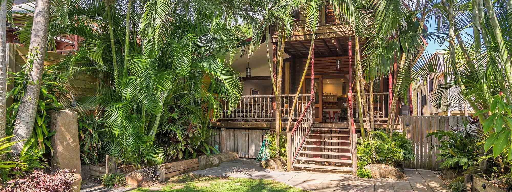 Longhouse - Byron Bay - Front of House b