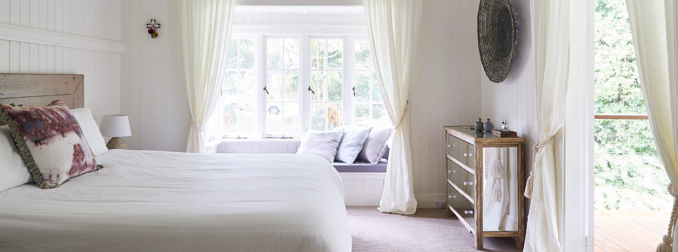 Mahalo House - Byron Bay - Master Bedroom a