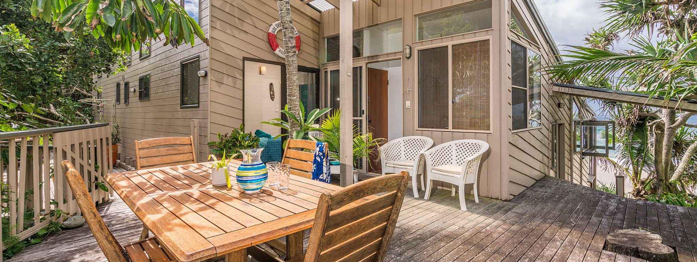 Moonstruck - Byron Bay - Outdoor Balcony of Bedroom 2b