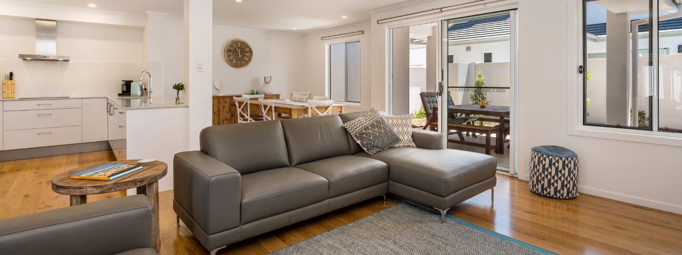 Ocean Walk - deluxe lounge