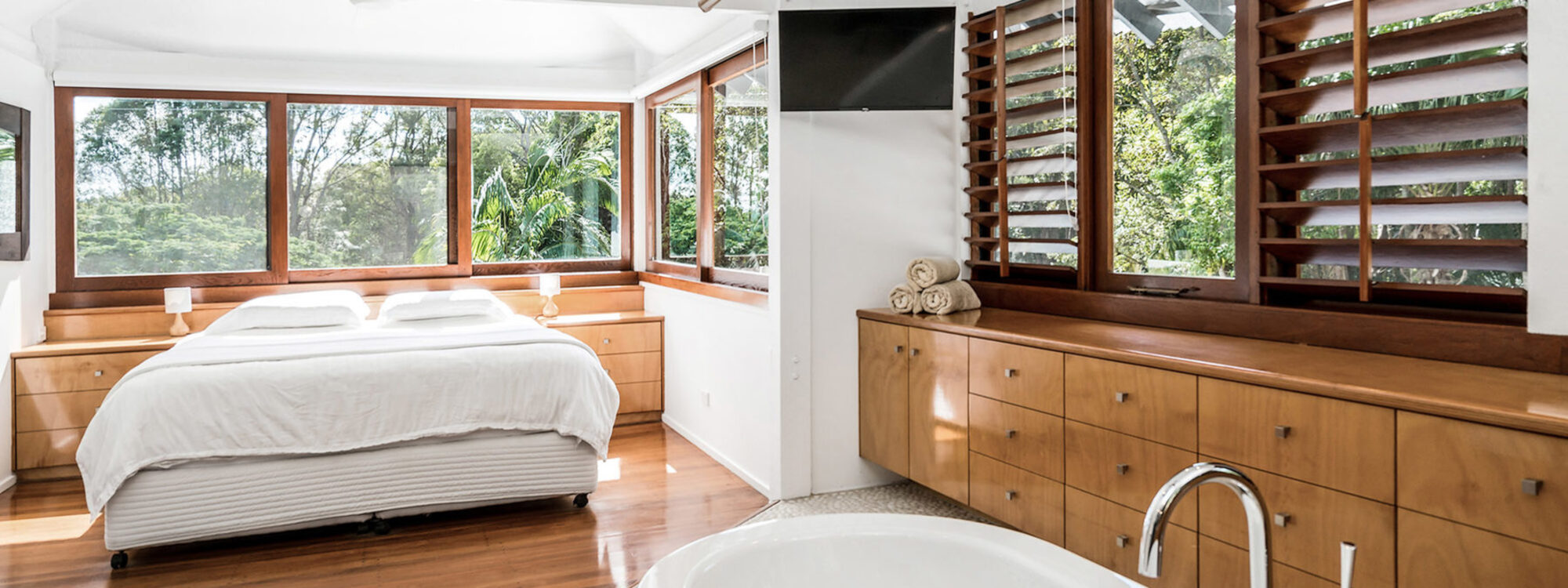 Ourmuli - Byron Bay - Master Bedroom