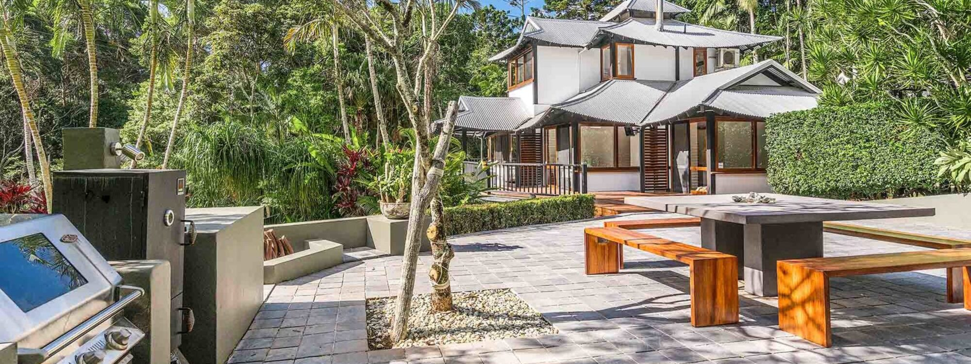 Ourmuli - Byron Bay - Outdoor Entertaining Area b