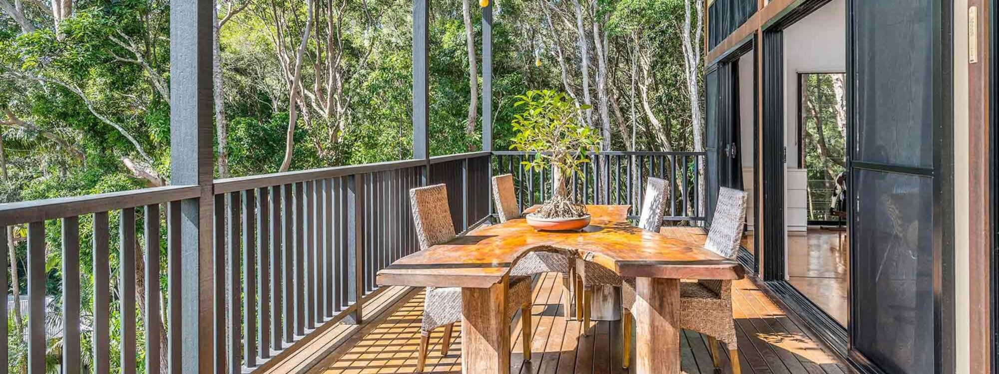 Ourmuli Cabin - Byron Bay - Outdoor Setting