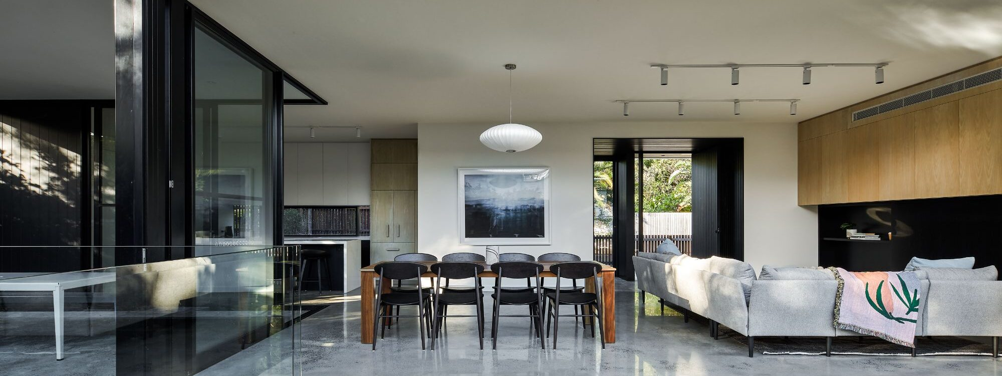 Sea Barn - Byron Bay - Back of house towards dining and living and retractable doors