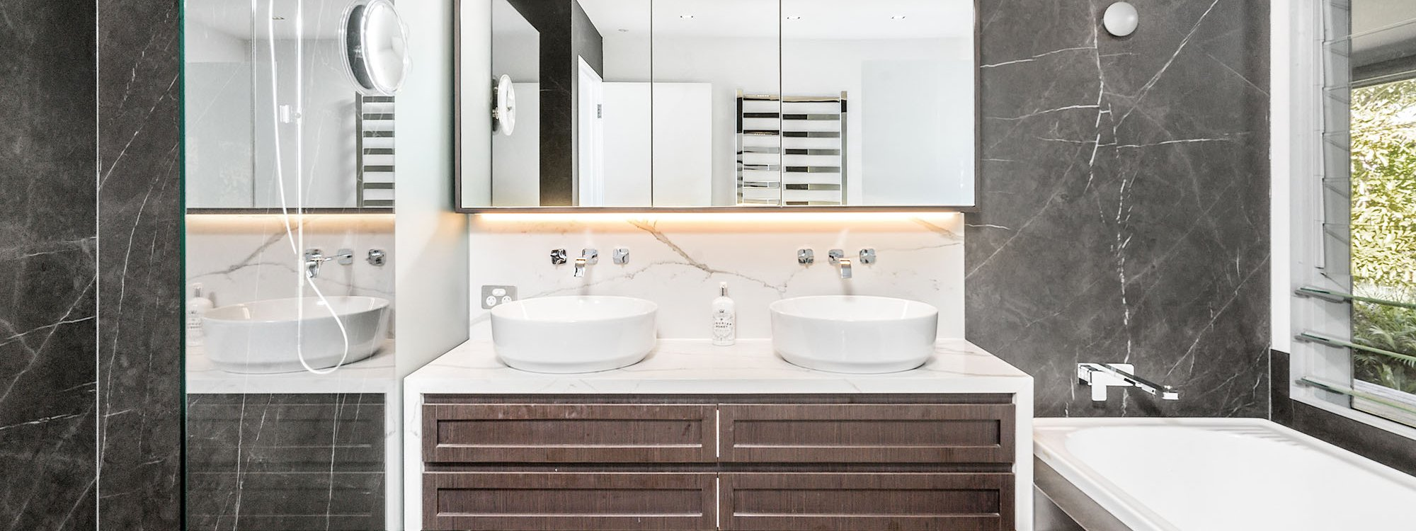 Summer Breeze - Byron Bay - Bathroom Master Ensuite